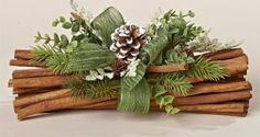 Natural Cinnamon Bundle with Faux Greens, Wintergreen Bow and White Tipped PineconeMini Star Pinecone Ornaments - Pine cone crafts - Hybrid ElektronikeMini Star Pinecone Ornaments - Pine cone crafts - Rustic Christmas, Christmas Home, Christmas Holidays, Christmas Wreaths, Christmas Ornaments, Christmas Arrangements, Christmas Centerpieces, Xmas Decorations, Pinboard Diy