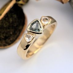 Green Sapphire and white sapphire gold ring