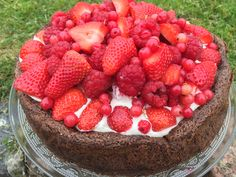 Recipe for Sophie Dahl's gluten free flourless chocolate cake.