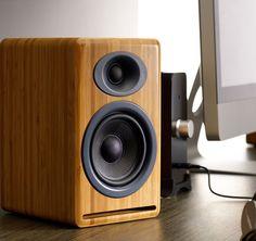 Audioengine P4 Premium passive Regallautsprecher - Farbe Bambus: Amazon.de: Elektronik