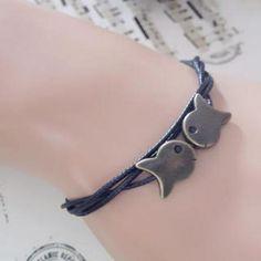 Kissing-Fish Bracelet