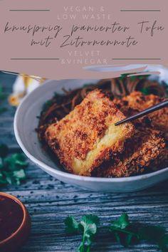 Knusprig Panierter Tofu mit Zitronennote - Velvet & Vinegar Vegan, Crispy Tofu, Firm Tofu Recipes, Deep Frying, Few Ingredients, Side Dishes, Lemon, Simple, Vegans