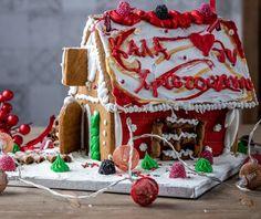 Χριστουγεννιάτικο μπισκοτόσπιτο (Gingerbread house) από την Αργυρώ Μπαρμπαρίγου! Food Categories, Gingerbread, Desserts, Christmas, Recipes, House, Deserts, Navidad, Home