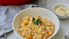 Risotto is a tasty rice dinner option that adults and small children both love. This risotto recipe is a great way to use up any leftover roast chicken or bought barbecued chicken. Roast Chicken Risotto, Chicken And Pumpkin Risotto, Roast Chicken Recipes, Roasted Chicken, Kitchen Recipes, Baby Food Recipes, Gourmet Recipes, Healthy Recipes, Leftovers Recipes