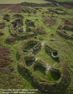 CHYSAUSTER | Cornwall: 'Inhabited from about 50BC to AD300. The irregularly-shaped houses with thick stone walls resemble the houses built in Neolithic Orkney hundreds of years earlier.' (From 'Encyclopedia of the Celts' by Rodney Castleden)     ✫ღ⊰n
