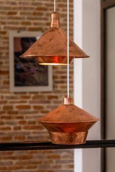Obiecte realizate în România Ceiling Lights, Lighting, How To Make, Design, Home Decor, Decoration Home, Room Decor, Lights