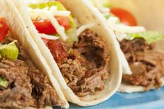 A typical shredded Mexican beef dinner is 569 calories, Hungry Girl Lisa Lillien's version is only 170 calories per serving! Make this delicious dinner using one of Hungry Girl's favorite kitchen tools: The slow cooker. Ww Recipes, Mexican Food Recipes, Cooking Recipes, Healthy Recipes, Recipies, Healthy Dishes, Mexican Dishes, Savoury Dishes, Cooking Ideas