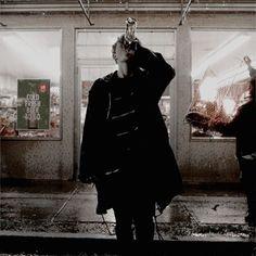 klaus hargreeves umbrella academy klaus hargreeves _ klaus hargreeves aesthetic _ klaus hargreeves fanart _ klaus hargreeves umbrella academy _ klaus hargreeves wallpaper _ klaus hargreeves outfit _ klaus hargreeves and dave _ klaus hargreeves funny Character Aesthetic, My Character, Dark Fantasy, Estilo Grunge, Sirius Black, Comme Des Garcons, Oeuvre D'art, Bad Boys, Apocalypse