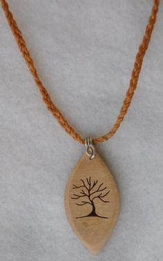 Retazos - Wood crafts: May 2011 - Arthur Marlow Wood Burning Crafts, Wood Burning Art, Driftwood Jewelry, Wooden Jewelry, Stone Crafts, Wood Crafts, Before And After Diy, Alcohol Ink Crafts, Wood Carving Designs