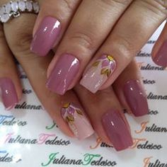 #nails #unhasdasemana #unhasdodia Colorful Nail Designs, Beautiful Nail Designs, Nail Art Designs, Mauve Nails, Gold Glitter Nails, Stylish Nails, Trendy Nails, Best Acrylic Nails, Nail Polish Art