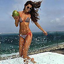12 opções de maiôs e biquínis para você arrasar no verão