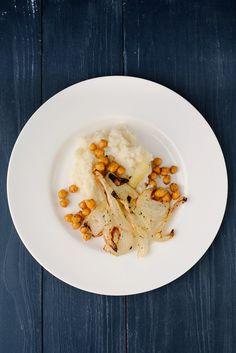 Frl. Moonstruck kocht!: Blumenkohlpüree mit geröstetem Fenchel und Kichererbsen