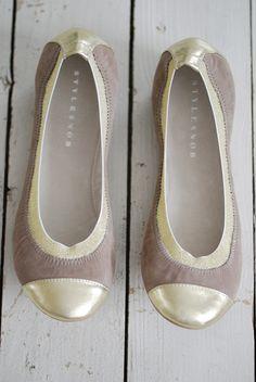 outlet store 4f07c bb78e Stylesnob Ballerina Stone w  Champagne