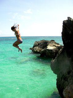 cliff jumping in Bermuda.