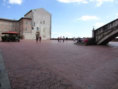 Guided tour in Gubbio