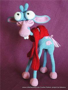 Giraffe George toy crocheted by Bakaeva using Giraffe amigurumi crochet pattern from www.LittleOwlsHut.com