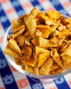 Buffalo Ranch Snack Mix {Football Friday}