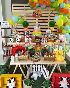 Macarons, 2nd Birthday, First Birthdays, Balloons, Alice, Bernardo, Rainbow, Salvador, Barnyard Party