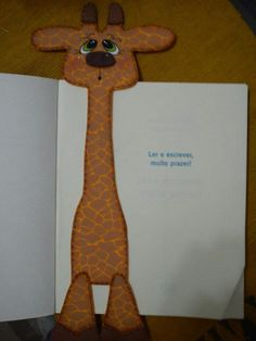Girafinha de EVA marca página