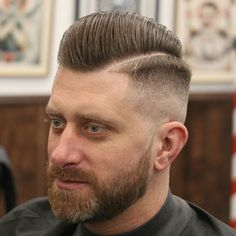 While the short haircuts for men may seem limiting, the reality is that guys have loads of cool cuts and styles to choose from. Short men's hairstyles are always in fashion, and the barbiere … Smart Hairstyles, Latest Short Hairstyles, Short Haircut Styles, Cool Mens Haircuts, Cool Hairstyles For Men, Men's Hairstyles, Men's Haircuts, Short Wavy Hair, Long Hair Cuts
