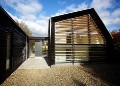 London studio-based practice Nash Baker Architects designed the Bourne Lane in Kent, London for a retiring couple who wanted a more modern, sustainable and accessible home. Description by Nash Bake. Modern Residential Architecture, Wood Architecture, Vernacular Architecture, Architecture Details, Contemporary Barn, Modern Barn, Cluster House, Timber Cladding, Timber House