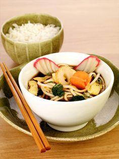 Kitsune Udon (Macarrão Udon com Tofu Frito) .::. Culinária - NippoBrasil