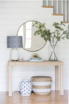 entry way design with shiplap molding