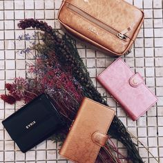 """EVRISさんのツイート: """"✔︎NEW ARRIVAL ________________ emboss enamel series iPhone case/wallet/pouch…"""