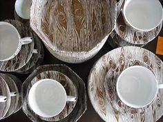 Faux Bois dinnerware - so gorgeous!