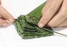 Make a flax flower - free video. http://vimeo.com/floraldesign/flaxflower #DIY #crafts #floralgift #partyideas #weddingdecor #centerpieces