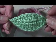 Easy Small #Crochet leaf - This is a leaf I can use on almost any flower.. great idea