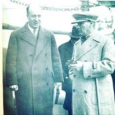 Atatürk Vasıf Çınar ile birlikte..Onur Okur arşivi