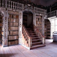 Biblioteca de la catedral de Freising (Bavièra).