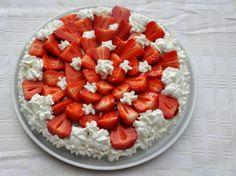 Torta al cioccolato senza glutine con panna e fragole - Awesome gluten free chocolate cake with strawberrier