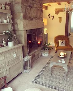 When you go to TKMaxx for a few holiday bits for hubby and come out with a rug, basket and lamps for GG's room .he got new boxers… Cottage Lounge, Cottage Living Rooms, Cottage Interiors, My Living Room, Cottage Homes, Living Room Decor, Country Living Room Rustic, Cosy Room, Country Interior