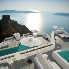 Santorini Grace Hotel @ Greece  Located in the beautiful setting of Imerovigli in the northwest of the island, high above the Caldera, the Grace Santorini is the perfect vantage point from which to view the famed Santorini sunsets that envelop the Aegean Sea, and the Cyclades Islands.