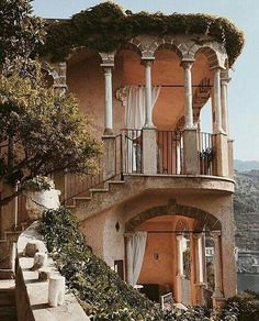 Best of Interior Design and Architecture Ideas Oh The Places You'll Go, Places To Travel, Travel Destinations, Exterior Design, Interior And Exterior, Italian Interior Design, Destination Voyage, Destination Wedding, Travel Aesthetic