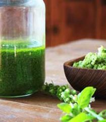 Superfood Pesto Sauce with Hemp & Wheatgrass
