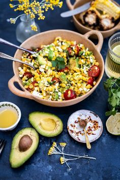 Meet your new favourite summer recipe! This grilled corn, feta and avocado salad is totally irresistible and the perfect barbecue side dish. Feta, Barbecue Side Dishes, Corn Avocado Salad, Vegetarian Recipes, Healthy Recipes, Main Meals, Summer Recipes, Clean Eating, Brunch