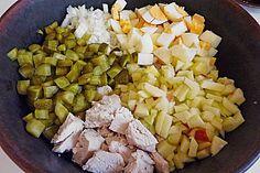 Hühnersalat à la DDR, ein schönes Rezept aus der Kategorie Fleisch & Wurst. Bewertungen: 9. Durchschnitt: Ø 3,9.