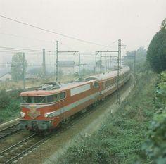 The TEE CAPITOLE 1964 Paris-Toulouse near Limoges in France. Loc class 9200 - by Pilloux (La Vie du Rail)