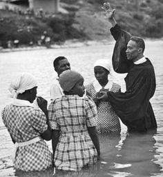 A baptism in the Colorado River in Austin, Texas, 1938.  Source:  Traces If Texas.