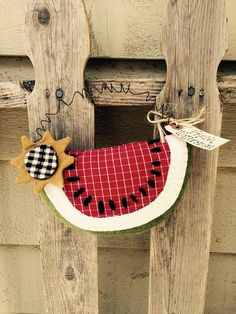 Hey, I found this really awesome Etsy listing at https://www.etsy.com/listing/233988029/sunflower-and-watermelon-door-hanger