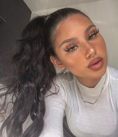 5 Best Summer 2019 Makeup Trends You Need To know. Dope Makeup, Makeup Inspo, Makeup Inspiration, Makeup Trends, Beauty Make Up, Hair Beauty, Selfies, Light Skin Girls, Foto Pose