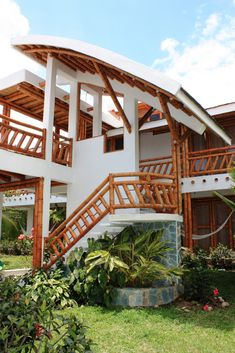 Bamboo house design with natural nuances. Staying in a bamboo house will bring you to the atmosphere of living in nature. Bamboo Building, Natural Building, Bamboo Architecture, Architecture Design, Bamboo House Design, Eco Buildings, Bamboo Structure, Bamboo Construction, Bamboo Furniture