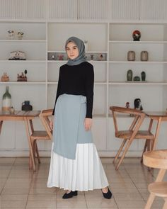 Fashion Women S Luxury Dress Suit Fashion, Modest Fashion, Women's Fashion Dresses, Fashion Women, Hijab Chic, Casual Hijab Outfit, Simple Outfits, Pretty Outfits, Dress Shirts For Women
