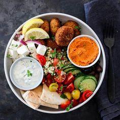 ELTEFRITT FIRKORNSBRØD MED RUG | TRINES MATBLOGG Frisk, Cobb Salad, Meat, Chicken, Recipes, Ripped Recipes, Cooking Recipes, Cubs