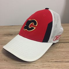 1ed837c4f0dbf Calgary Flames NHL Reebok Official Ice Hockey Flexifit Mesh Red White Cap  Hat