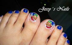Decoración de uñas para pies estilo navideño #uñas #pies #navidad