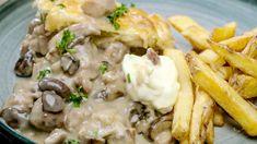 Vol-au-vent met frietjes van Loïc  | VTM Koken Vol Au Vent, Recipe Images, Healthy Cooking, Risotto, Potato Salad, Meat, Chicken, Dinner, Ethnic Recipes